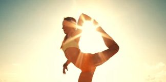 12 Beach Yoga Poses