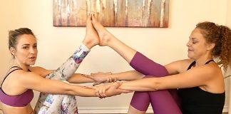 7 Partner Yoga Poses for Beginners